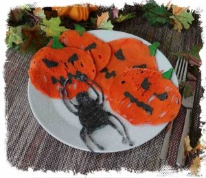 leckerer Pancake als Halloween Kürbis